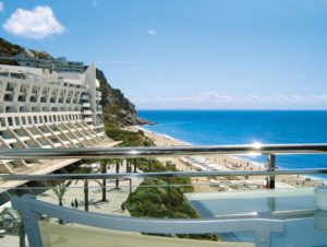 Portugals historisches Erbe und Küstenzauber - Hotel