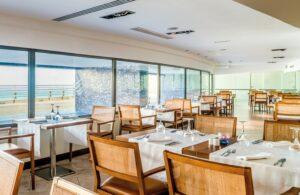 Portugals historisches Erbe und Küstenzauber - Restaurant